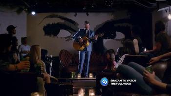 FCA 2015 American Music Awards TV Spot, 'One Call Away Remix' - Thumbnail 4