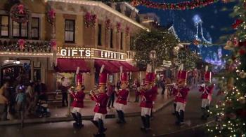 Disneyland Diamond Celebration TV Spot, 'Holiday Magic' - Thumbnail 9