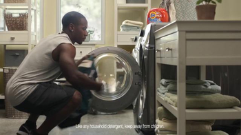 Tide Pods TV Spot, 'Small but Powerful' Featuring Darren Sproles - Thumbnail 9