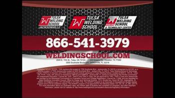 Tulsa Welding School TV Spot, 'Student Testimonial' - Thumbnail 9