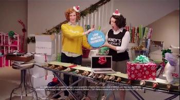 FingerHut.com TV Spot, 'Nancy Gift Wrap: Holiday Offer' - Thumbnail 4