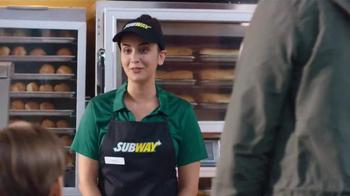 Subway Fresh Fit for Kids Meal TV Spot, 'Star Wars Messenger Bag' - Thumbnail 4
