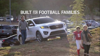 2016 Kia Sorento TV Spot, 'Built for Football Families: Pants' - Thumbnail 8