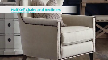 Bassett's Thanksgiving Sale TV Spot, 'Chairs, Recliners, and Bedroom' - Thumbnail 6
