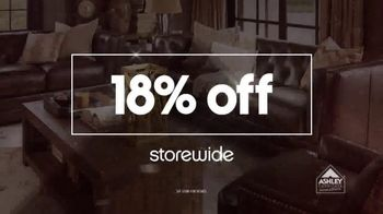 Ashley Furniture Homestore Pre Black Friday Sale TV Spot, 'Beat the Crowds' - Thumbnail 4