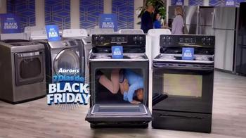 Aaron's 7 Días de Black Friday TV Spot, 'En el horno' [Spanish] - 126 commercial airings