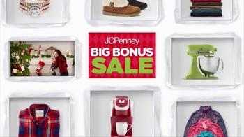 JCPenney Big Bonus Sale TV Spot, 'Where Giving Begins' - Thumbnail 2