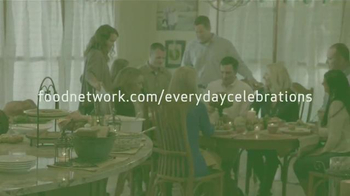 Canada Dry Gingerale TV Spot, 'Food Network: Cranberry Punch' - Thumbnail 9