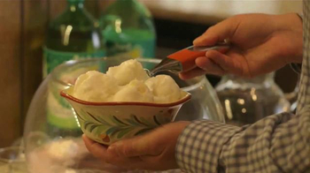 Canada Dry Gingerale TV Spot, 'Food Network: Cranberry Punch' - Thumbnail 6