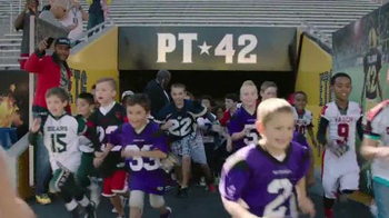 NFL Together We Make Football TV Spot, 'Honor Roll' - Thumbnail 5