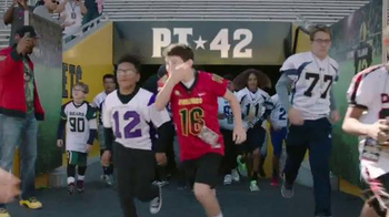 NFL Together We Make Football TV Spot, 'Honor Roll' - Thumbnail 6