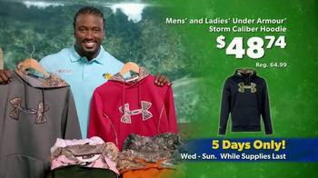 Bass Pro Shops Thanksgiving 5-Day Sale TV Spot, 'Shirts and Hoodies' - Thumbnail 5