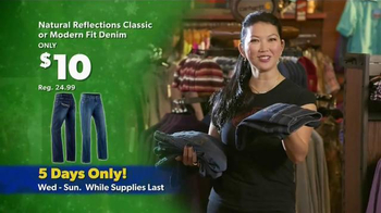 Bass Pro Shops Thanksgiving 5-Day Sale TV Spot, 'Jeans, Reels and Jackets' - Thumbnail 3