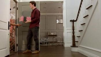 Pizza Hut Triple Treat Box TV Spot, 'Holiday' Featuring Michael Bolton - Thumbnail 1