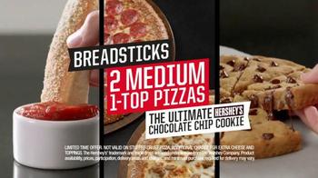 Pizza Hut Triple Treat Box TV Spot, 'Holiday' Featuring Michael Bolton - Thumbnail 6