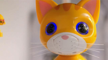 Toys R Us TV Spot, 'Whiskers in Pounce Mode' - Thumbnail 4