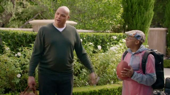Capital One TV Spot, 'Bowl Mania: Funny Guy' Featuring Samuel L. Jackson - Thumbnail 3