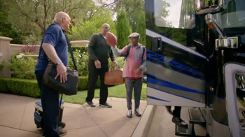 Capital One TV Spot, 'Bowl Mania: Funny Guy' Featuring Samuel L. Jackson - Thumbnail 4