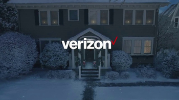 Verizon TV Spot, 'Holiday Playtime: Best Smartphones Free' - Thumbnail 1