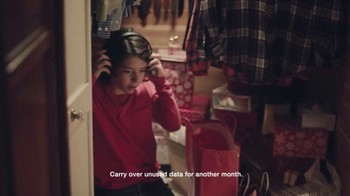 Verizon TV Spot, 'Holiday Playtime: Best Smartphones Free' - Thumbnail 3