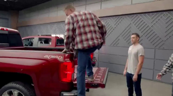 Chevrolet Red Tag Sales Event TV Spot, 'A Lot to Say: 2017 Silverado' - Thumbnail 3