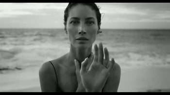 Calvin Klein Eternity TV Spot, 'Ever' Ft. Christy Turlington, Edward Burns - Thumbnail 2