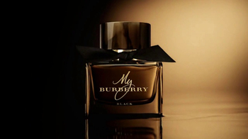 My Burberry Black TV Spot, 'Intense and Sensual' Featuring Lily James - Thumbnail 8