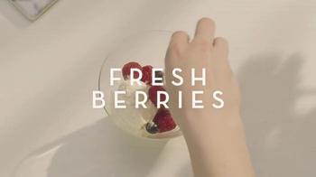 Baileys Irish Cream TV Spot, 'How to Create The Best Ice Cream Scoop' - Thumbnail 6