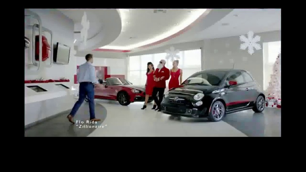 FIAT 2016 Big Finish Event TV Commercial, 'Santa's Yule