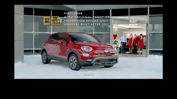 FIAT 2016 Big Finish Event TV Spot, 'Santa's Yule Log' Song by Flo Rida - Thumbnail 6