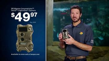 Bass Pro Shops Christmas Sale TV Spot, 'Ammo, Knives and Game Camera' - Thumbnail 7
