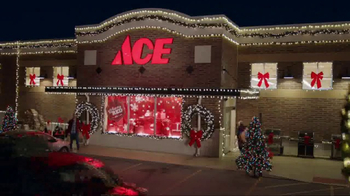 ACE Hardware Giant Stocking Sale TV Spot, 'Wrap It in Red' - Thumbnail 1