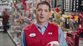 ACE Hardware Giant Stocking Sale TV Spot, 'Wrap It in Red' - Thumbnail 3