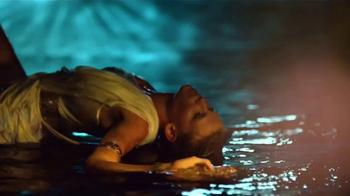Versace Eros Holiday Gift Set TV Spot, 'Cupid's Arrow: Pefumes' - Thumbnail 3