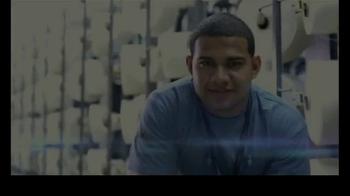 Gildan TV Spot, 'Every Thread Counts' - Thumbnail 1