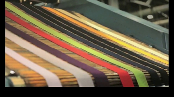 Gildan TV Spot, 'Every Thread Counts' - Thumbnail 4