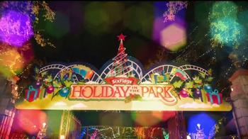 Six Flags Holiday in the Park TV Spot, 'Mundo navideño' [Spanish] - Thumbnail 1