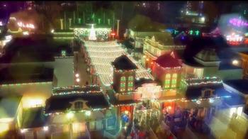 Six Flags Holiday in the Park TV Spot, 'Mundo navideño' [Spanish] - Thumbnail 4