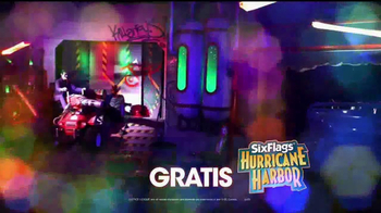 Six Flags Holiday in the Park TV Spot, 'Mundo navideño' [Spanish] - Thumbnail 8