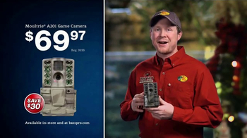 Bass Pro Shops Christmas Sale TV Spot, 'Jeans, Cameras & Gift Cards' - Thumbnail 9