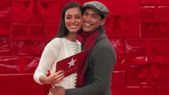 Macy's Tarjeta de Regalo TV Spot, 'Regalo ideal' [Spanish] - Thumbnail 5