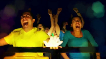 Six Flags Holiday in the Park TV Spot, 'Spectacular' - Thumbnail 6