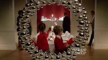 Yankee Candle TV Spot, 'Holidays: Free Votive Candle' - Thumbnail 1