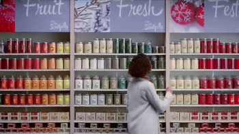 Yankee Candle TV Spot, 'Holidays: Free Votive Candle' - Thumbnail 6