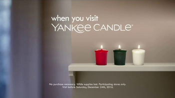 Yankee Candle TV Spot, 'Holidays: Free Votive Candle' - Thumbnail 8