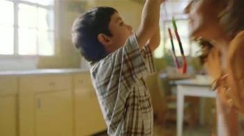 Western Union TV Spot, 'Regalos hechos en casa' [Spanish] - Thumbnail 1