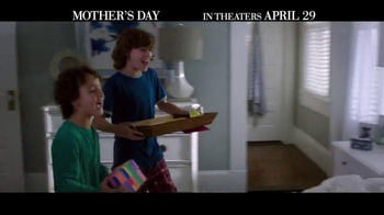 Mother's Day - Alternate Trailer 22