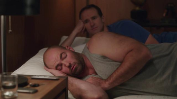Tempur-Pedic TV Spot, 'Brees on Breeze: Max Unger's Cool Surprise'