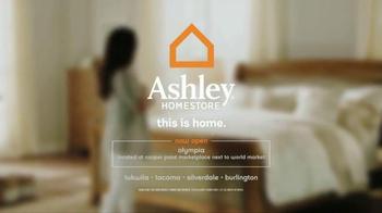 Ashley Furniture Homestore TV Spot, 'Lowest Prices of the Season' - Thumbnail 7
