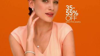 Macy's Friends & Family Sale TV Spot, 'Top Brands' - Thumbnail 4
